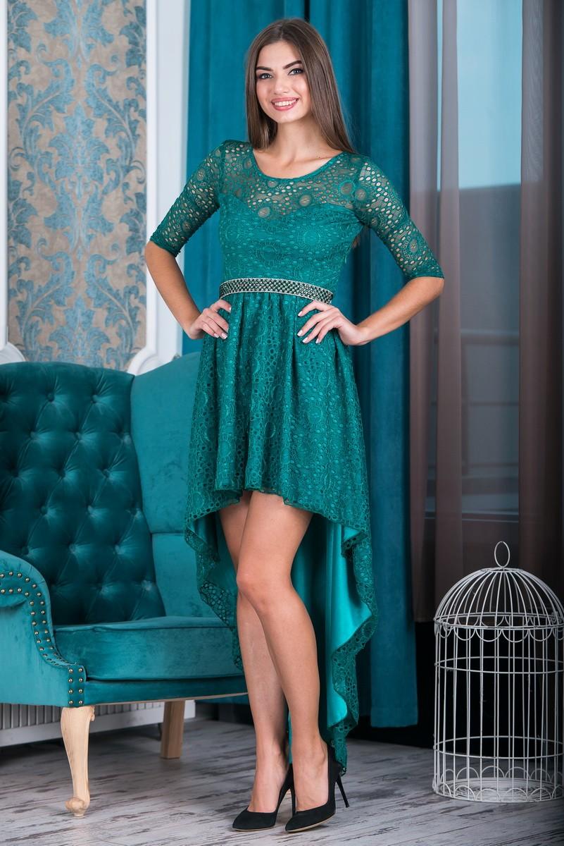 Вечерние платья 2019 фото новинки короткие на выпускной: платье с асимметричным шлейфом,зеленого цвета