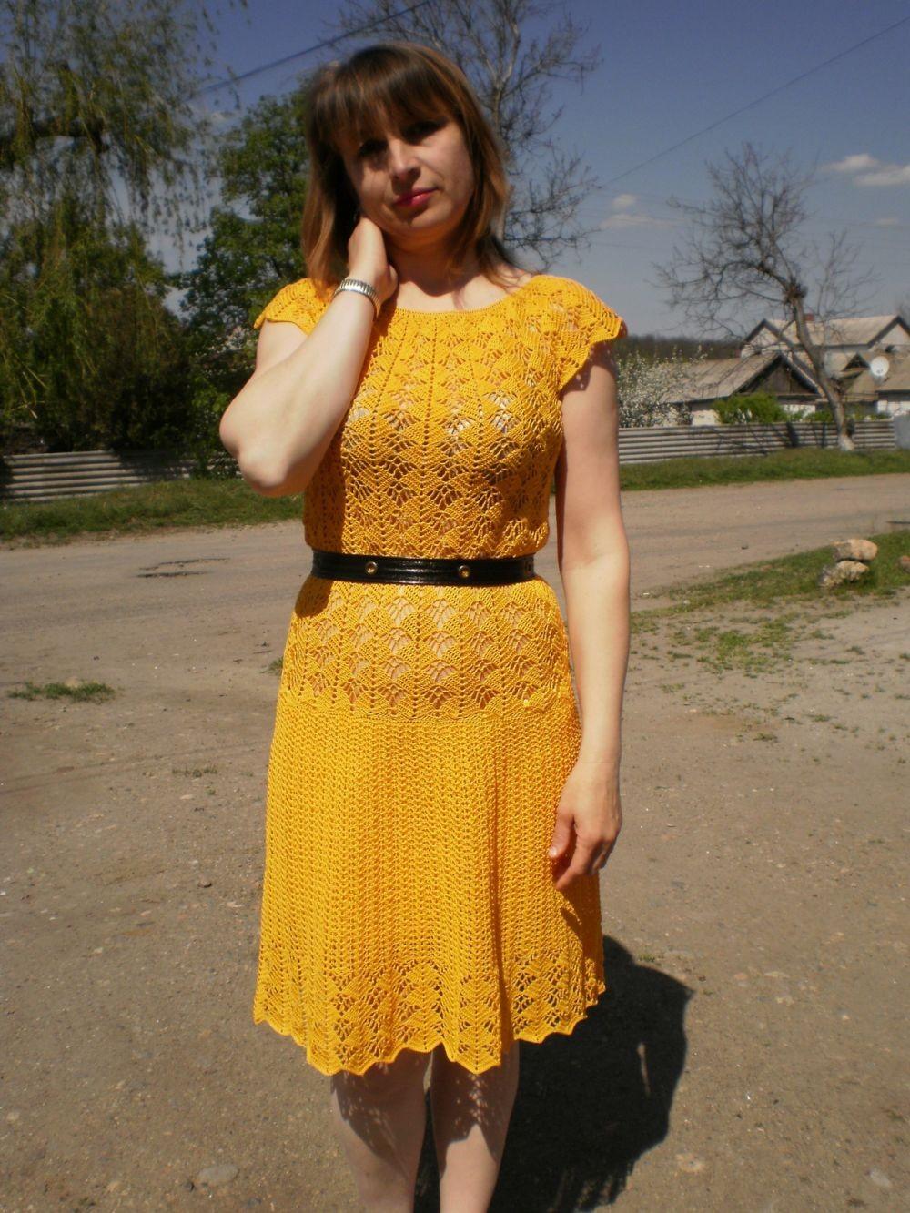 платье желтое миди вязаное крючком