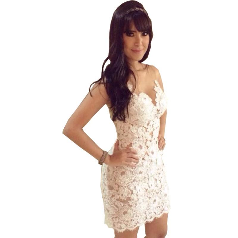 платье вязанное крючком белое с декольте короткое