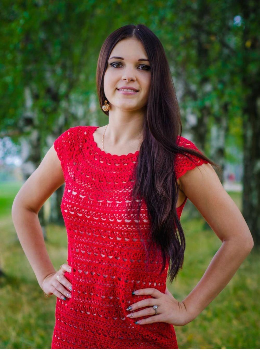 платье вязанное крючком красное рукав короткий