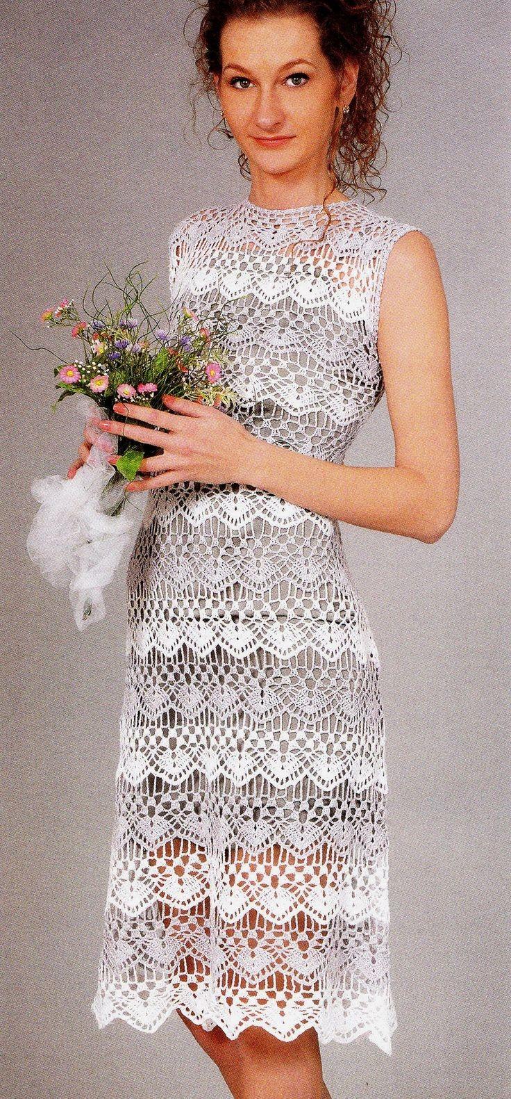 платье вязанное крючком без рукава по колено белое