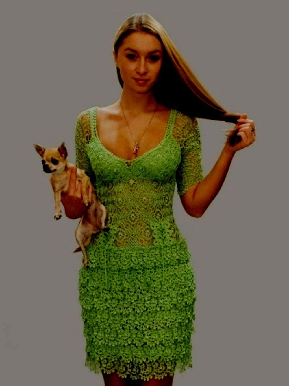 платье зеленое вязанное крючком  короткое