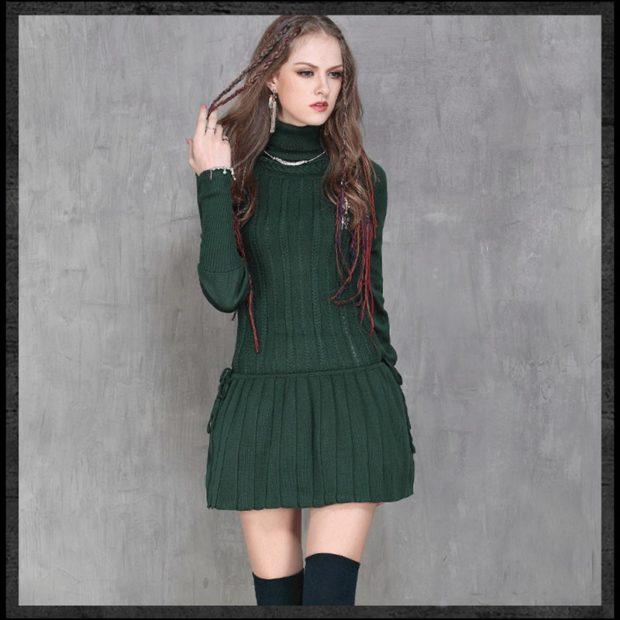 вязанное зимнее платье крючком зеленое