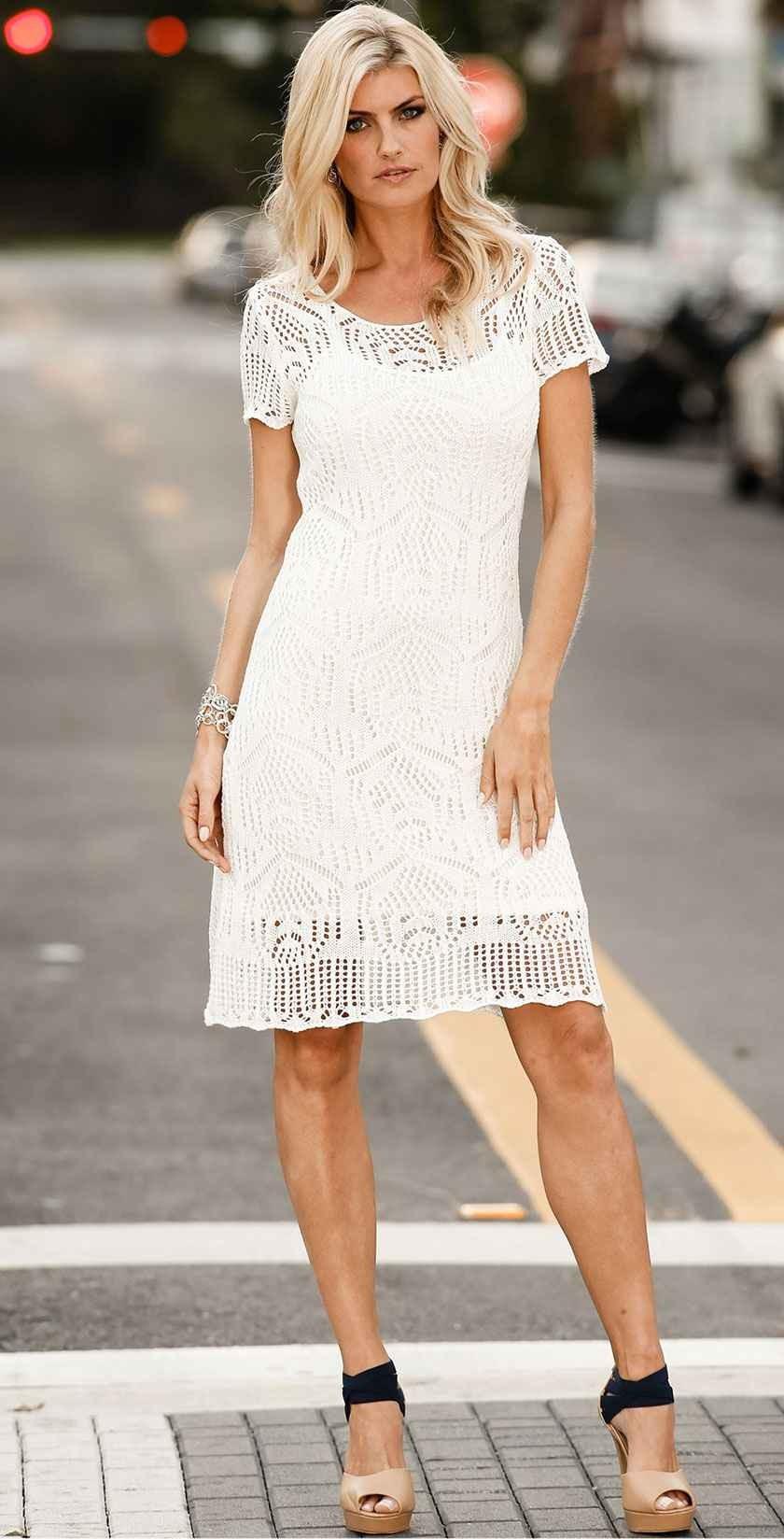 платье вязанное белое рукав короткий