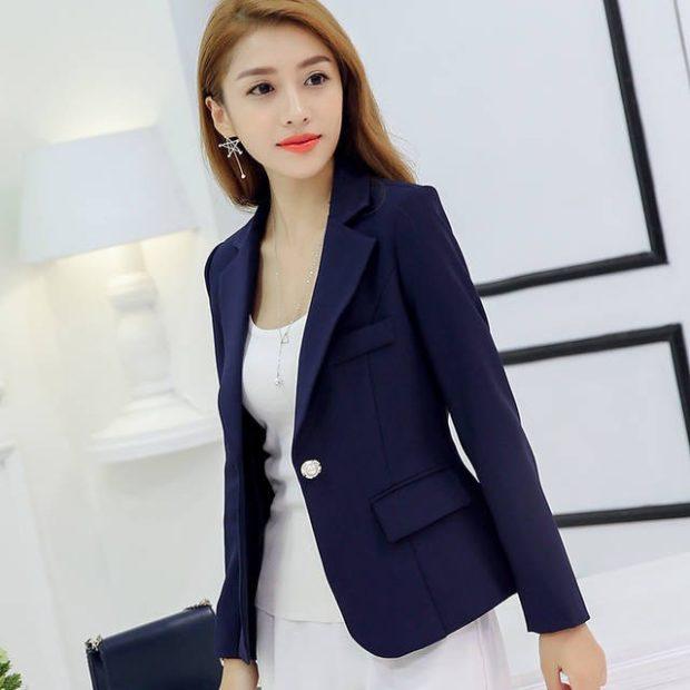 модные пиджаки 2018 женские фото: синий на 1 пуговице