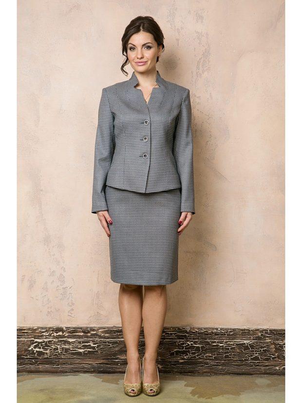 модные пиджаки 2019-2020 женские фото: серый короткий