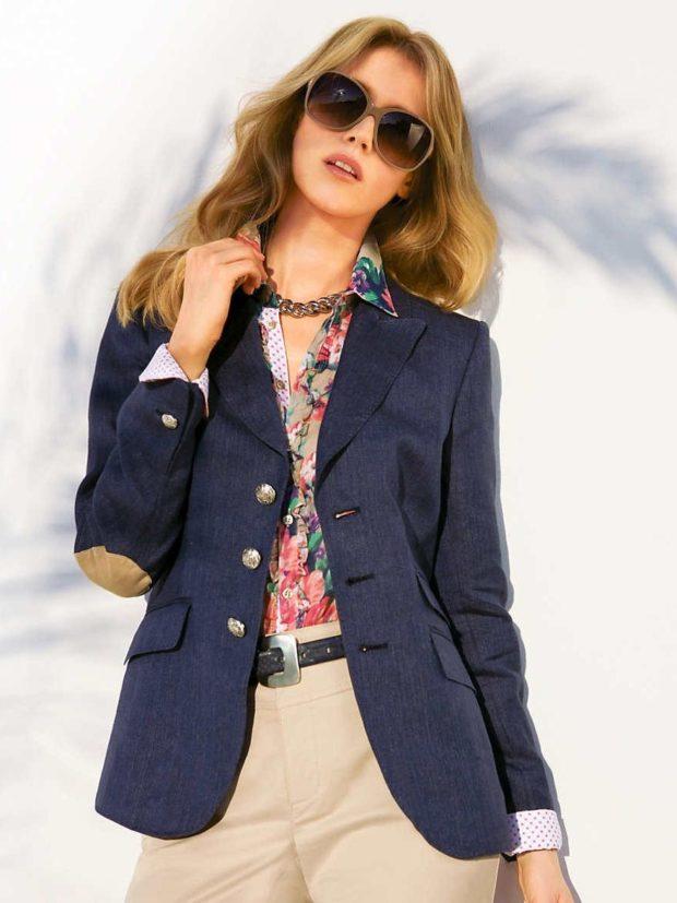 модные пиджаки 2019-2020 женские фото: синий с заплатами