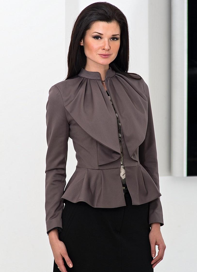 женские пиджаки 2018 года фото: с баской коричневый короткий