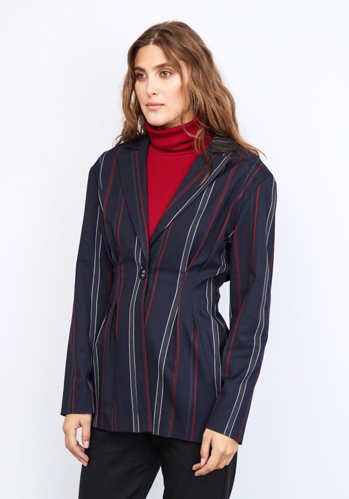 женские пиджаки 2018 года модные тенденции фото: оверсайз в полоску