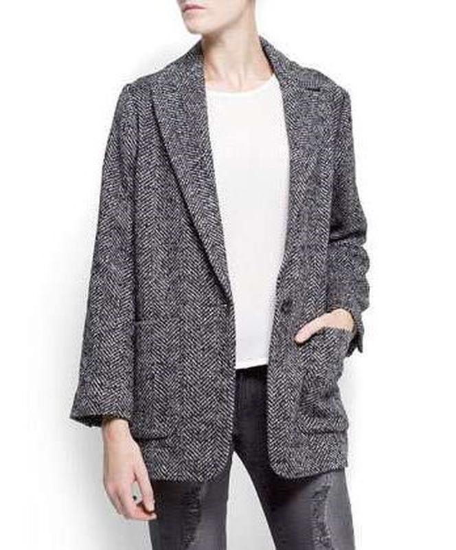 женские пиджаки 2018 года модные тенденции фото: оверсайз елочка серый