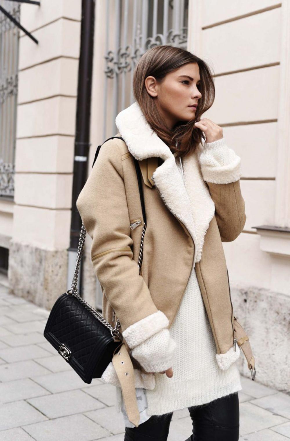 Зимние луки 2018 2019: пальто с воротником , бежевое