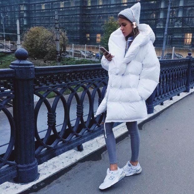 луки зимы 2020-2021: куртка белая