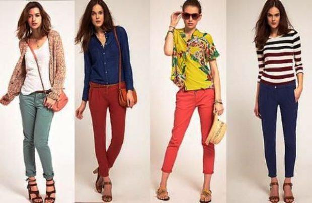 чиносы зеленые красное розовые синие под белую майку синюю рубашку желтую блузку кофту в полоску