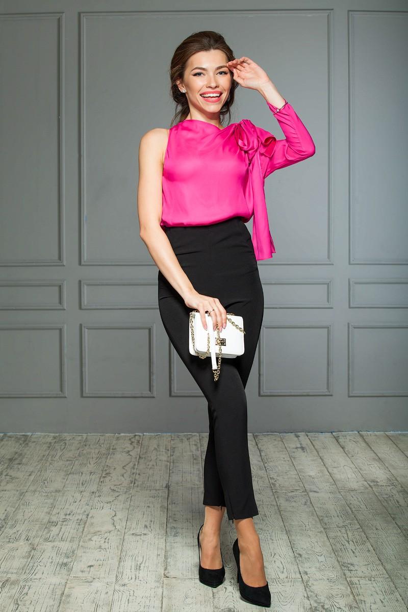 брюки высокая талия короткие под блузку розовую