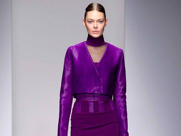 фиолетовая кофта под фиолетовую юбку