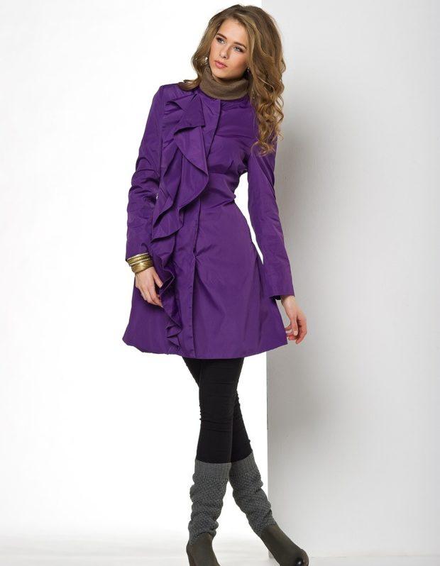 пальто фиолетовое под лосины