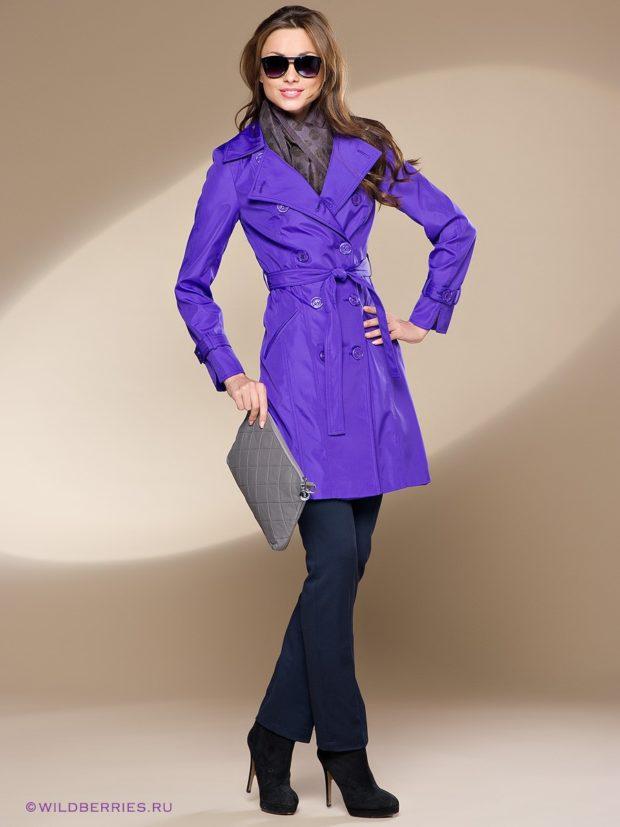 плащ фиолетовый под брюки классика