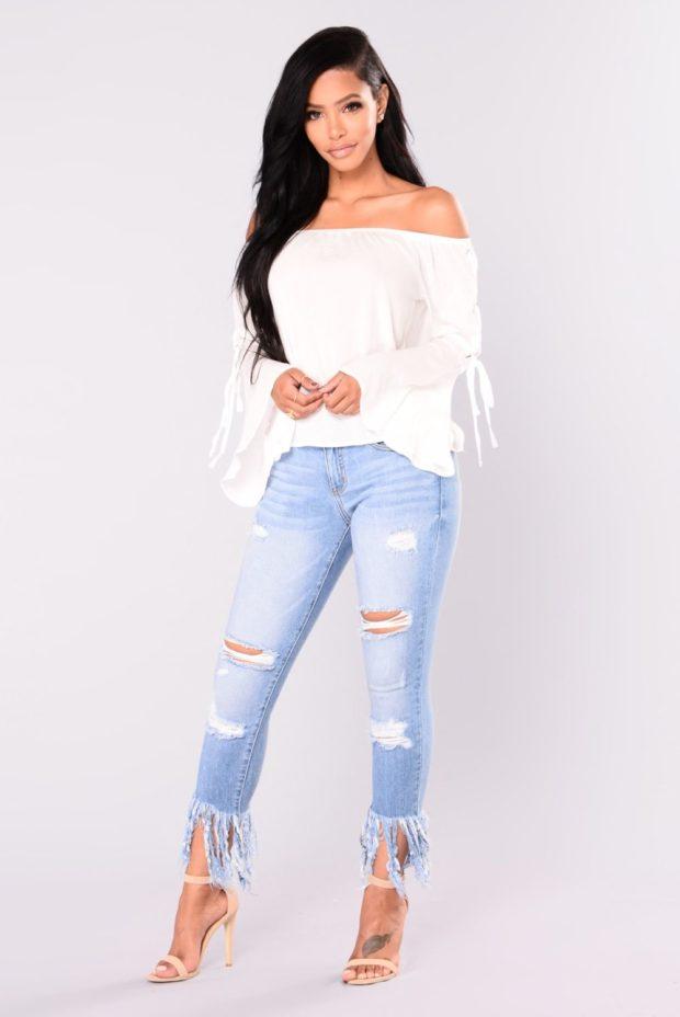 джинсы с бахромой внизу с чем носить