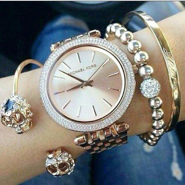 часы 2018 женские золотые с оригинальным ремнем