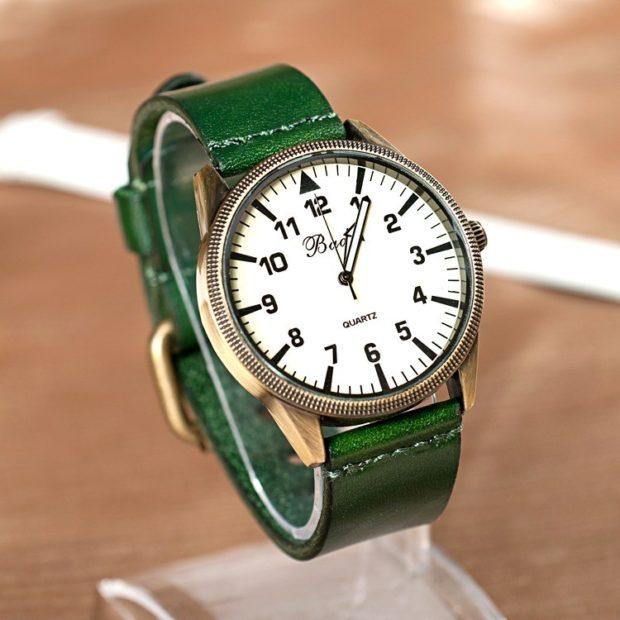 модные часы женские 2019-2020 наручные: зеленый ремень кожаный циферблат под старину