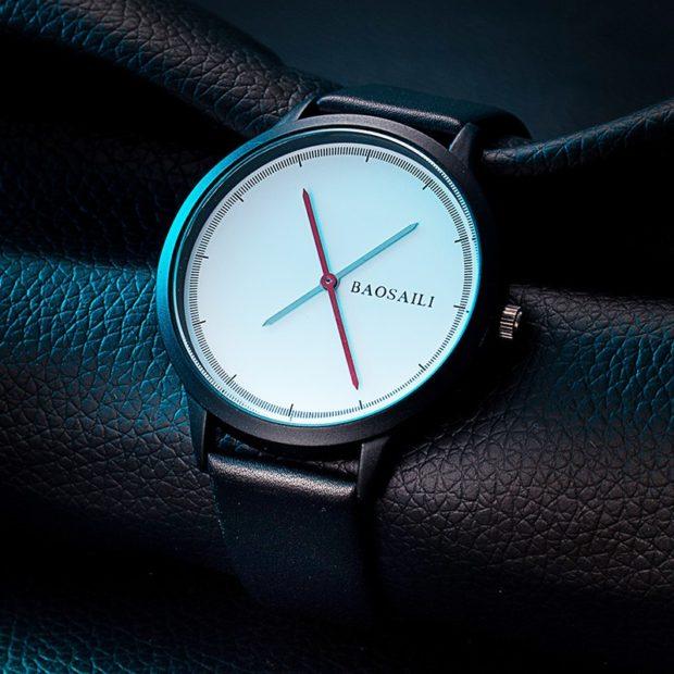 Классические женские часы черные без цифр