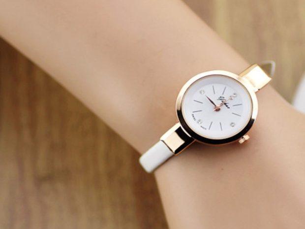 женские часы: золотые ремень тонкий