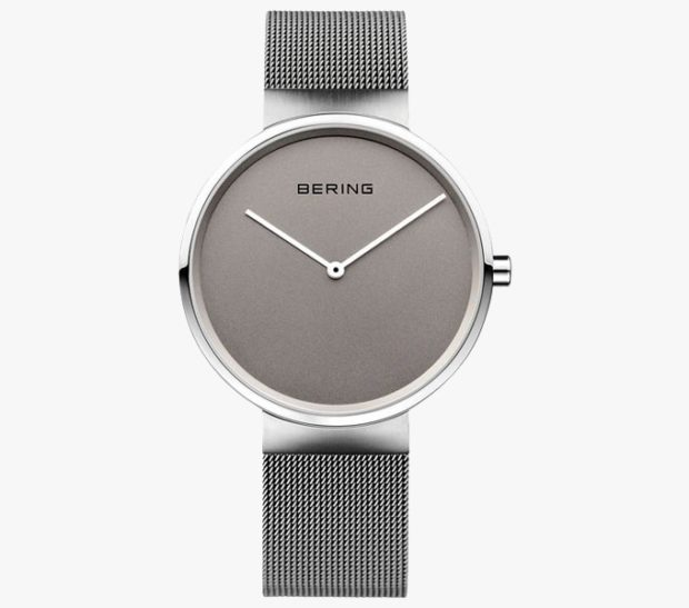 модные женские часы: минимализм серебро без цифр