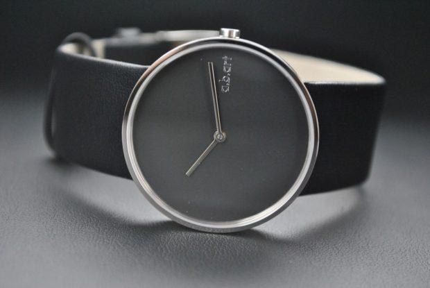 часы 2018 женские черный кожаный ремень циферблат без цифр