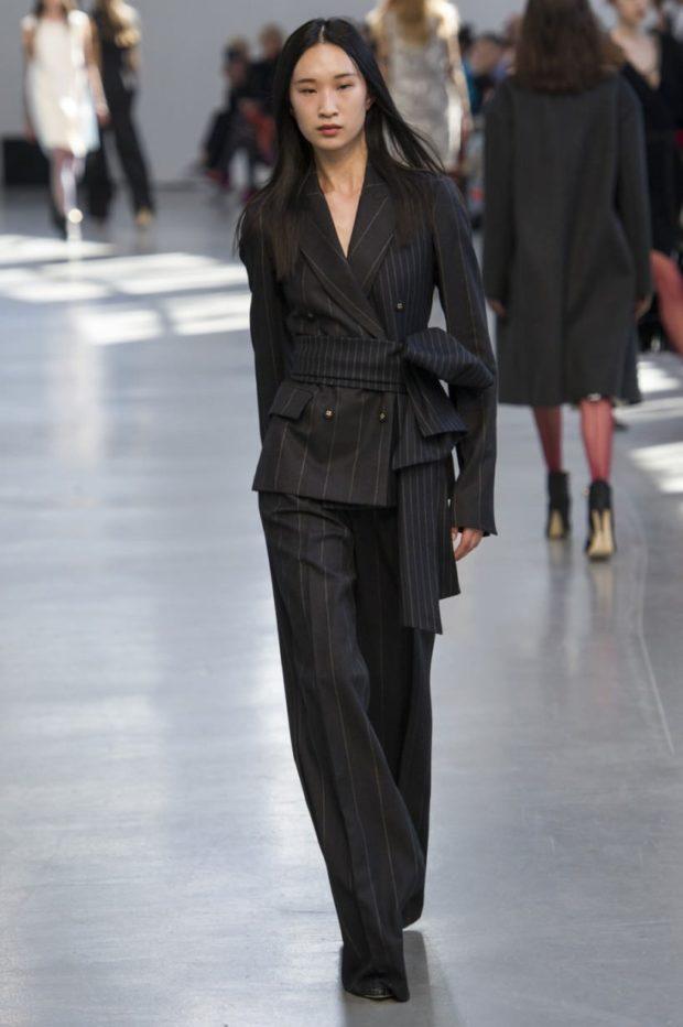 Женские костюмы 2019-2020: брюки пиджак черный в полоску