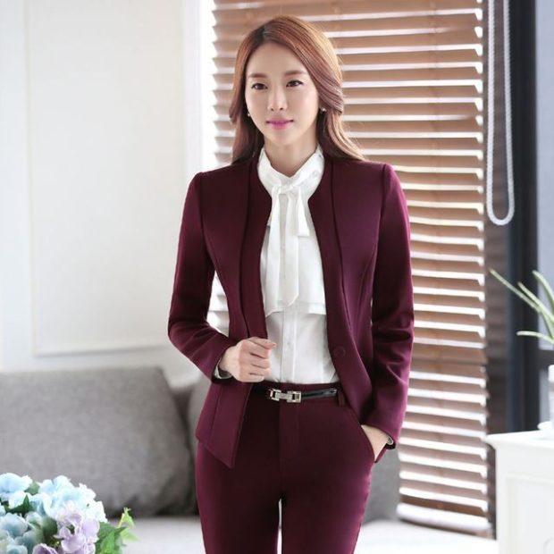 Женские костюмы 2019-2020: брючки пиджак бордо