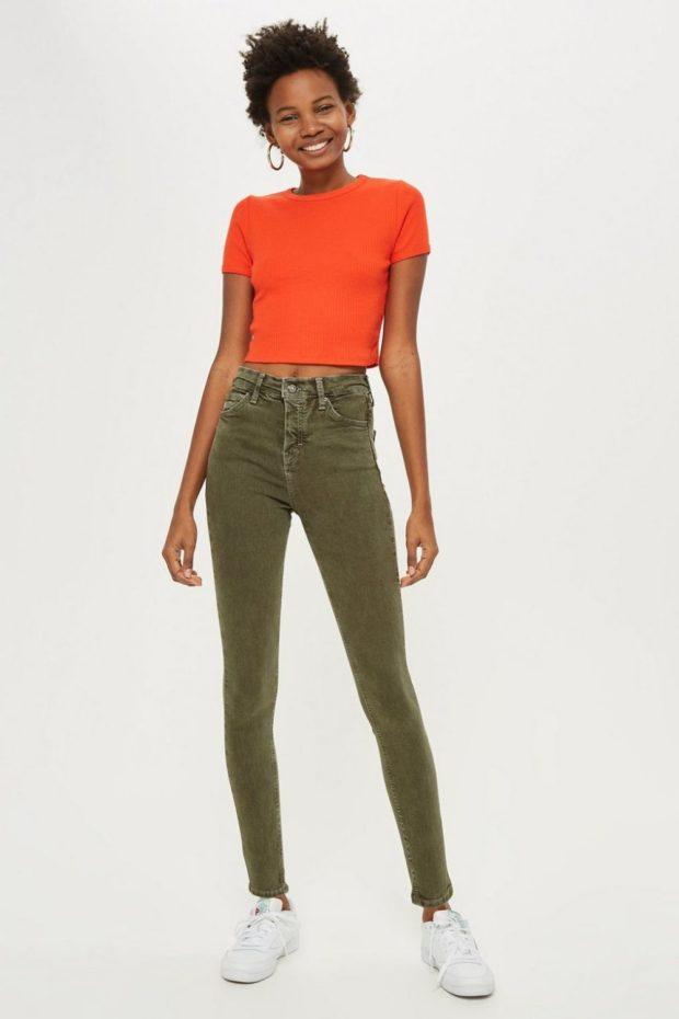 зеленые джинсы с чем носить