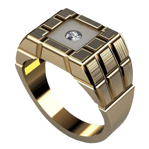 золотой с камнем