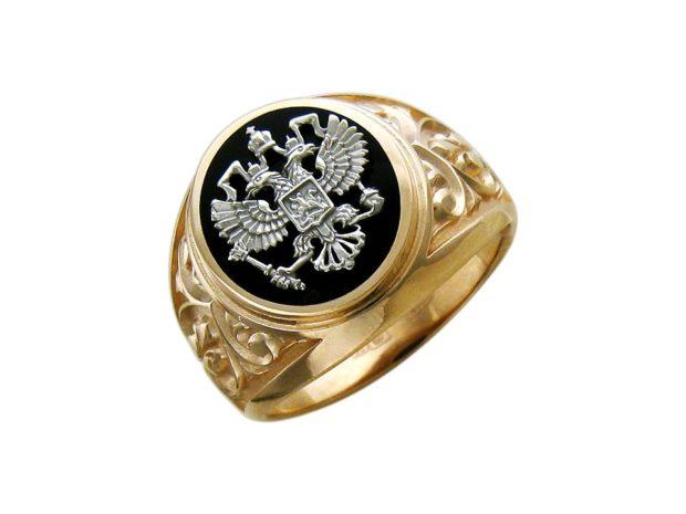 как носить кольца на пальцах мужчине: золотой круглый с орлом