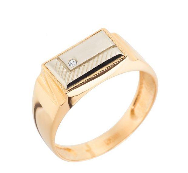 как носить кольца на пальцах мужчине: золотой с прямоугольной вставкой с камнем
