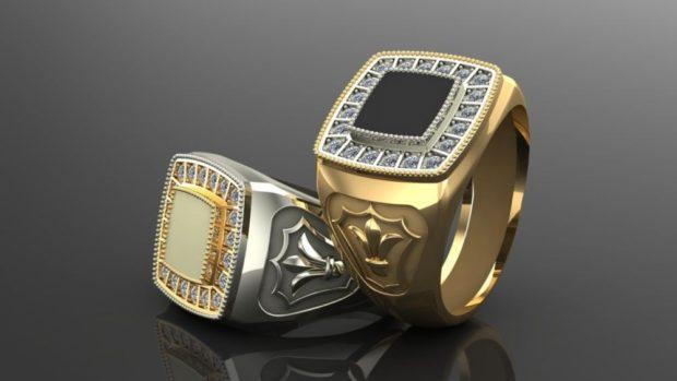 золотой с белым камнем с черным камнем