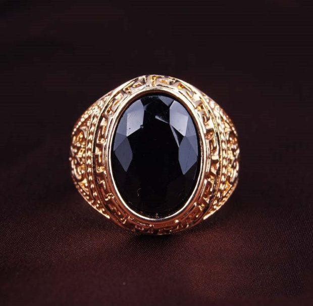 золото круглый с камнем