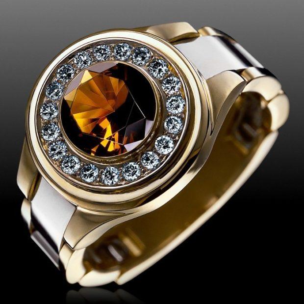 золотой круглый камень