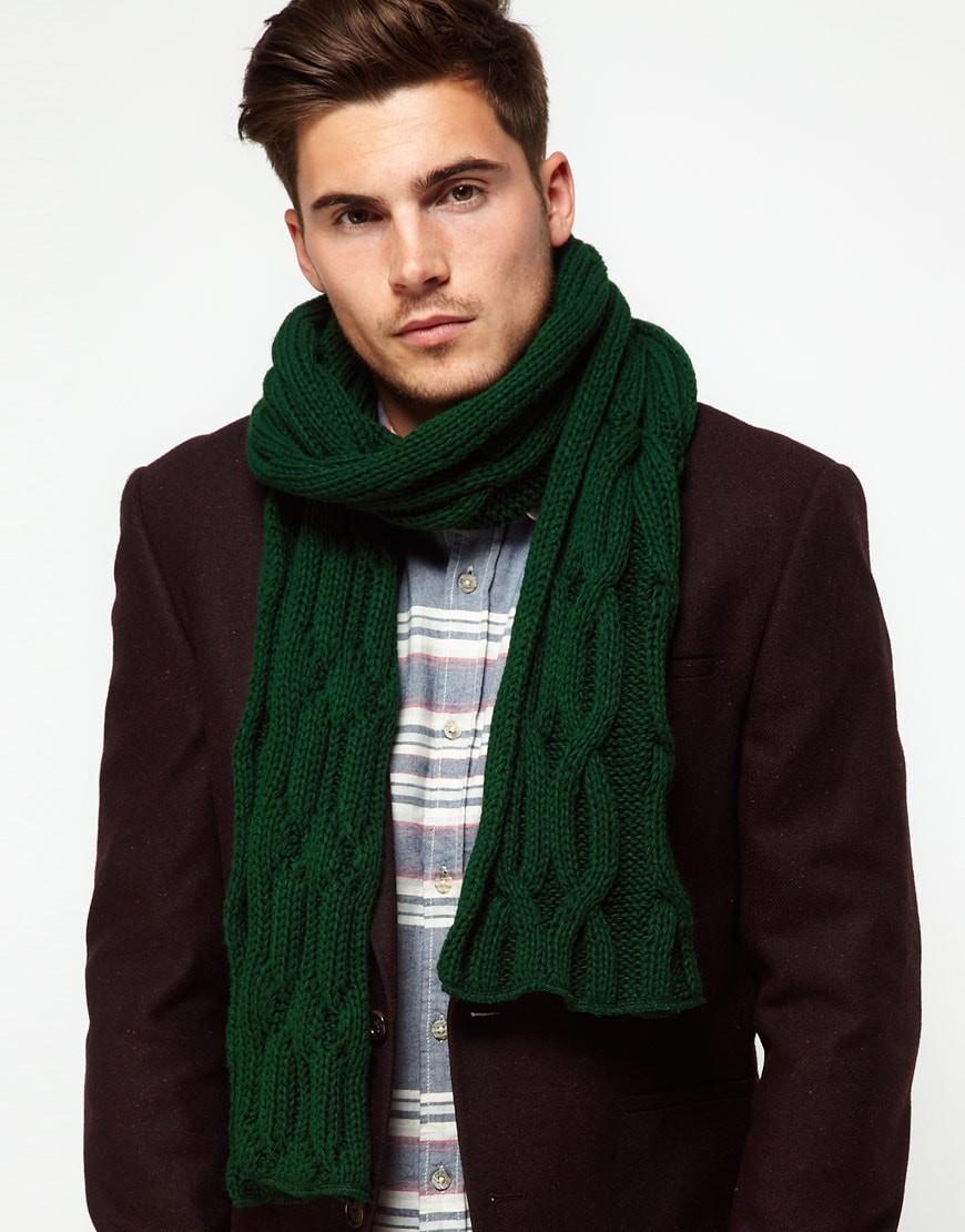 зеленый вязаный шарф пол пиджак коричневый