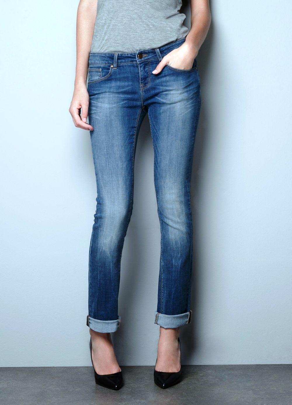 джинсы сине классика потертые подвернутые