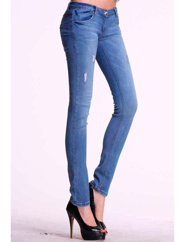 джинсы женские мода 2018-2019: синие зауженные