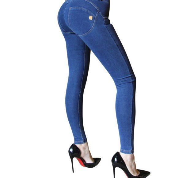 модные джинсы женские 2019-2020: леггинсы синие