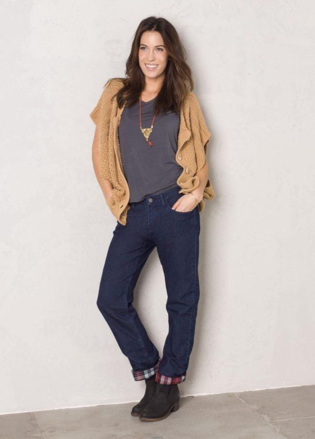 какие женские джинсы в моде: бойфренды темно-синие