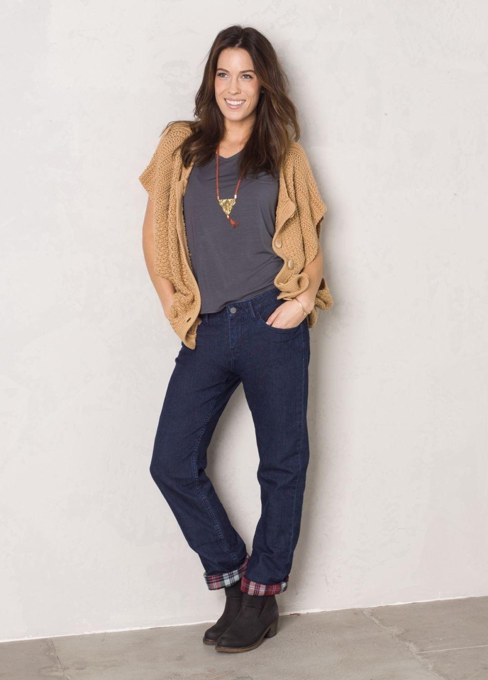 какие джинсы в моде в 2018 женские: бойфренды темно-синие