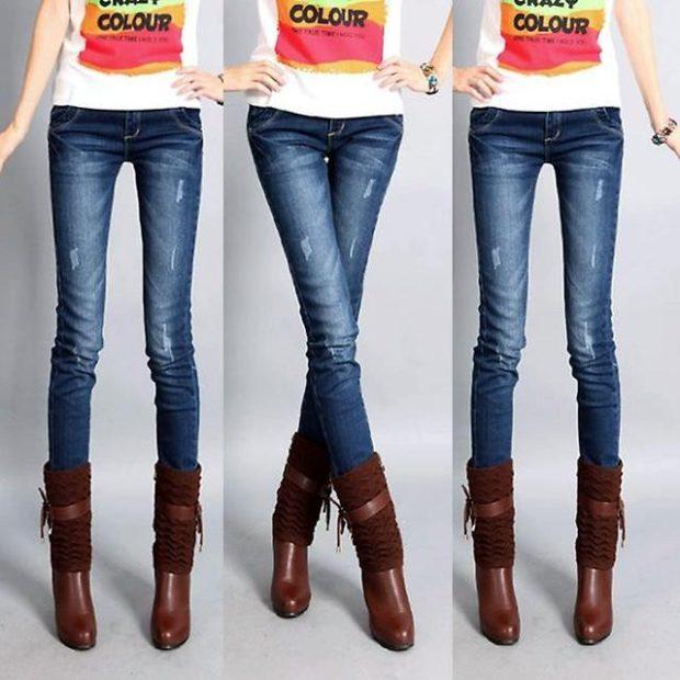 какие джинсы в моде в 2018-2019 женские: дудочки синие