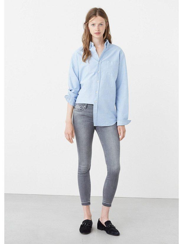 какие джинсы в моде: укороченные серые