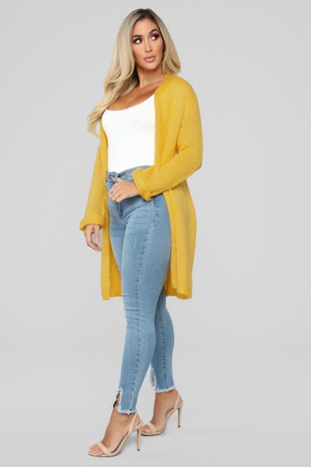 кардиган женский спицами: желтый по колено