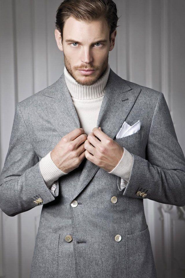 серый двубортный пиджак классика