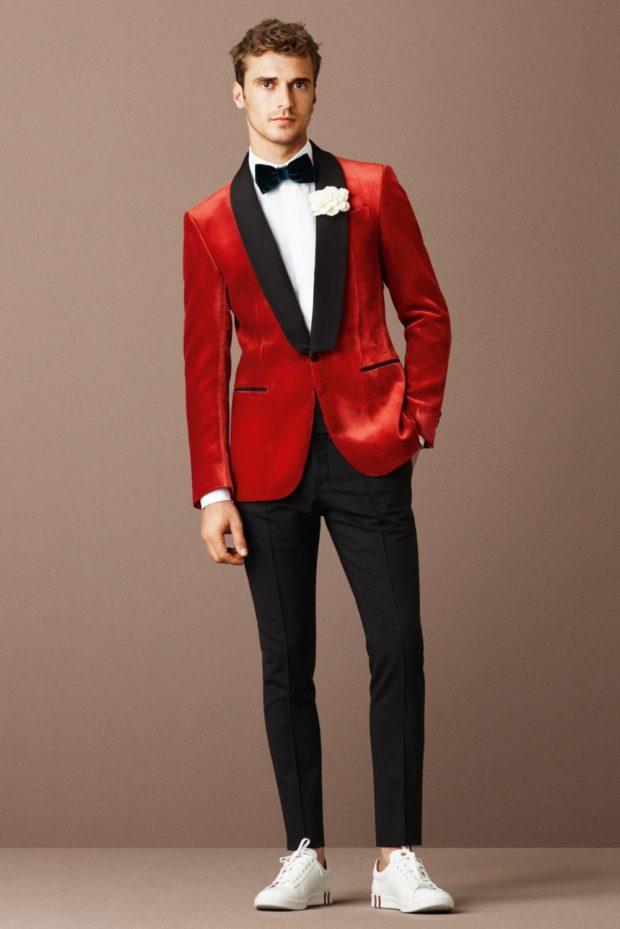 красный пиджак черные брюки со стрелками