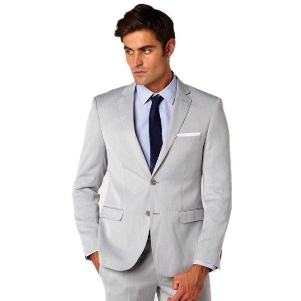 серый молодежный костюм