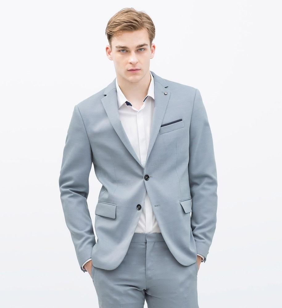 светло-синий костюм летний